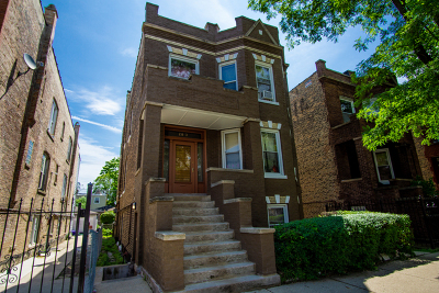 Multi Family Home Contingent: 2813 South Lawndale Avenue