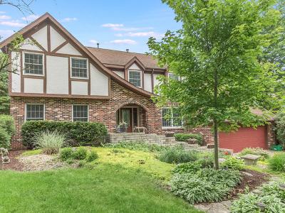 Shorewood Single Family Home New: 912 Valencia Drive