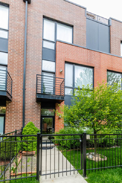 Condo/Townhouse For Sale: 2335 West George Street