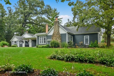 Barrington Hills Single Family Home For Sale: 74 Meadow Hill Road
