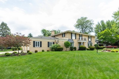 Palos Heights Single Family Home For Sale: 21 Carriage Trail