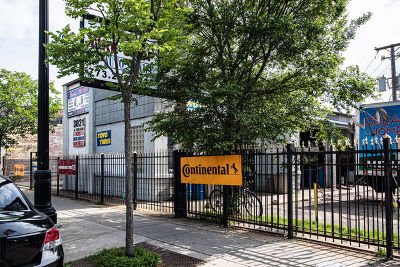 Chicago IL Commercial New: $679,000
