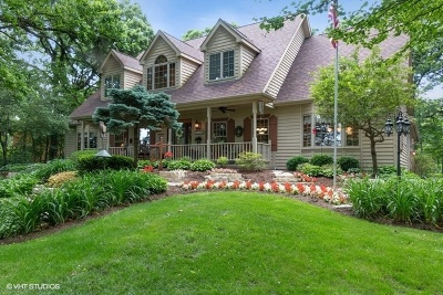Hampshire Single Family Home For Sale: 15n612 Red Leaf Road