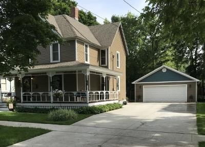 Harvard Single Family Home For Sale: 304 West Burbank Street