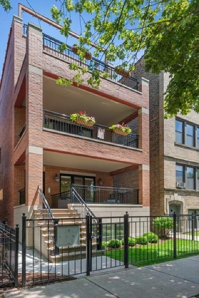 Condo/Townhouse For Sale: 3841 North Janssen Avenue #1