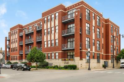 Condo/Townhouse For Sale: 4011 North Francisco Avenue #201