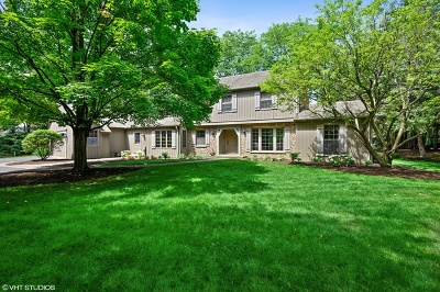 Northfield Single Family Home For Sale: 26 Meadowood Lane