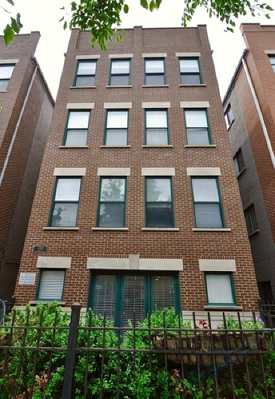 Condo/Townhouse For Sale: 2305 West Chicago Avenue #1