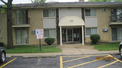 Clarendon Hills Condo/Townhouse Contingent: 530 Chase Drive #5