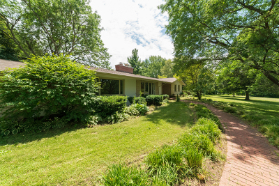 Barrington Single Family Home For Sale: 67 Hills And Dales Road