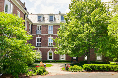 Lake Forest Condo/Townhouse For Sale: 531 North Mayflower Road