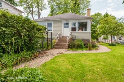 Fox Lake Single Family Home For Sale: 13 Lakeside Lane