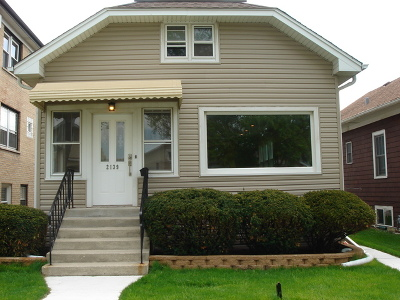Elmwood Park Single Family Home For Sale: 2139 North 74th Avenue