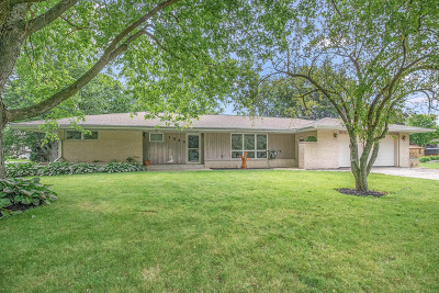 Sycamore Single Family Home For Sale: 1524 Oakland Drive