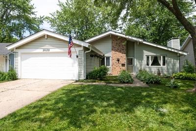 Hanover Park Single Family Home For Sale: 1620 Beverly Court
