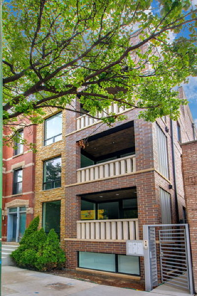 Condo/Townhouse For Sale: 513 North May Street #1
