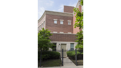 Condo/Townhouse For Sale: 724 West Evergreen Avenue