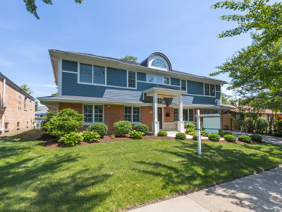 Downers Grove Single Family Home For Sale: 418 Austin Street