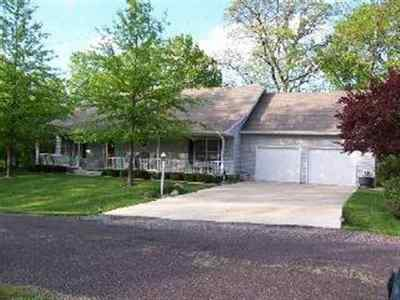 Mackinaw Single Family Home For Sale