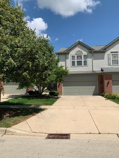 Streamwood Condo/Townhouse For Sale: 1435 Yellowstone Drive #1435