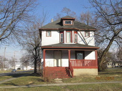 Kankakee Single Family Home For Sale: 396 North Rosewood Avenue