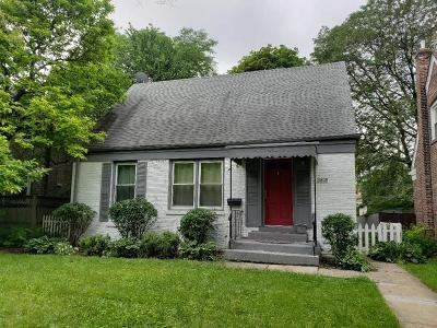 Brookfield Single Family Home For Sale: 3808 Blanchan Avenue