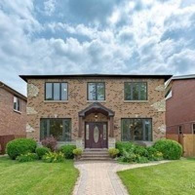 Morton Grove Single Family Home For Sale: 8519 Marmora Avenue