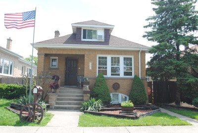 Elmwood Park Single Family Home For Sale: 2307 North 73rd Avenue