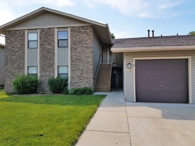 Hanover Park Rental Re-Activated: 1325 Gifford Court #C