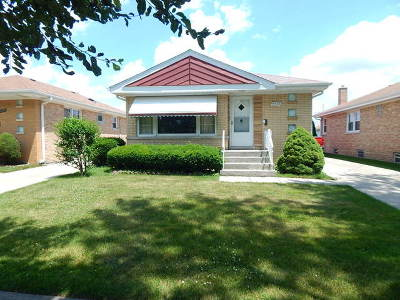 Single Family Home For Sale: 4425 North Canfield Avenue
