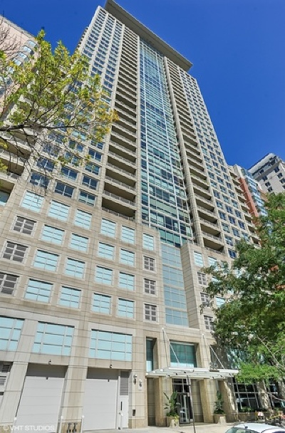 Condo/Townhouse For Sale: 250 East Pearson Street #1307
