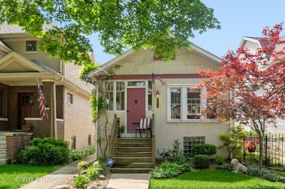 Single Family Home For Sale: 4034 North Sawyer Avenue