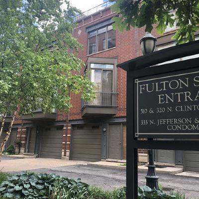 Condo/Townhouse For Sale: 310 North Clinton Street #L