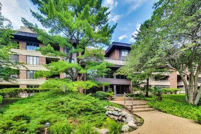 Hinsdale Condo/Townhouse For Sale: 1409 Burr Oak Road #312A