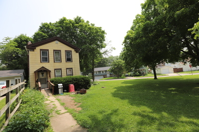 Woodstock Single Family Home For Sale: 308 Railroad Street