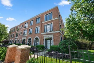Highland Park Condo/Townhouse For Sale: 650 La Salle Place #A
