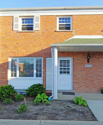 Glenview Condo/Townhouse For Sale: 2150 Rugen Road #B