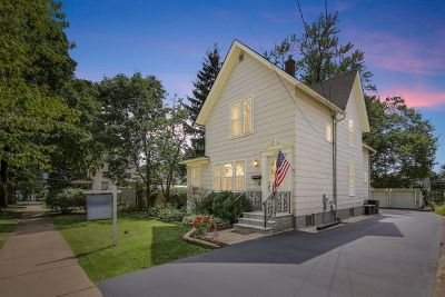 Elgin Single Family Home For Sale: 1114 Hill Avenue