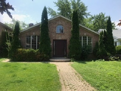 Lincolnwood Single Family Home For Sale: 3919 West Greenleaf Avenue