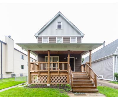 Single Family Home For Sale: 4622 North Kilbourn Avenue