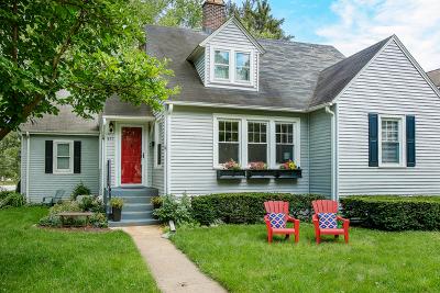 Glen Ellyn Single Family Home For Sale: 477 Lowell Avenue