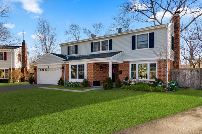 Glenview Single Family Home For Sale: 2433 Swainwood Drive