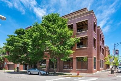 Condo/Townhouse For Sale: 3207 North Clifton Avenue #301