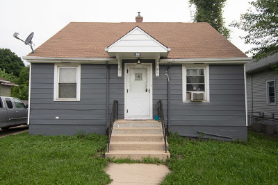 Crest Hill Single Family Home For Sale: 454 Theodore Street