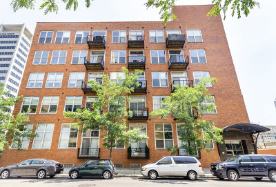 Condo/Townhouse For Sale: 417 South Jefferson Street South #103B