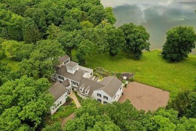 Barrington Hills Single Family Home For Sale: 41 Hawthorne Lane