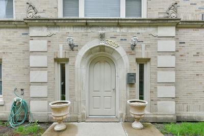 Condo/Townhouse For Sale: 3337 West Belle Plaine Avenue #1D