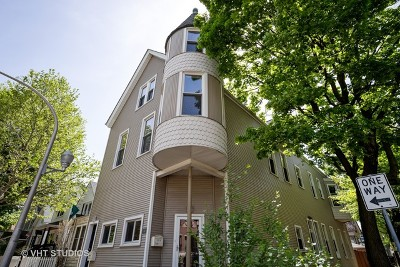 Condo/Townhouse For Sale: 3058 North Hoyne Avenue #2