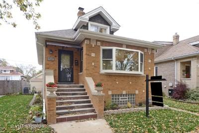 Elmwood Park Single Family Home For Sale: 7939 West Wellington Avenue