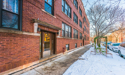 Andersonville Condo/Townhouse For Sale: 1651 West Balmoral Avenue #3